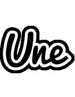 Une chess logo